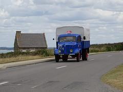 Tour de Bretagne 2019 - Camion Hotchkiss (2) (BOSTO62) Tags: tourdebretagne automobile wagen car anciennes 2019 camion hotchkiss truck