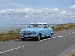 Tour de Bretagne 2019 - Borgward Isabella (BOSTO62) Tags: tourdebretagne automobile wagen car anciennes 2019 borgward isabella bleu