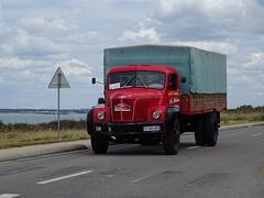 Tour de Bretagne 2019 - camion Berliet (2) (BOSTO62) Tags: tourdebretagne automobile wagen car anciennes 2019 camion berliet truck