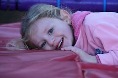 Portrait France_8966 (ichauvel) Tags: portrait sourire smile enfance chilhood fillette littlegirl enfant child exterieur france var provencealpescôtedazureurope westerneurope regarder looking