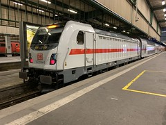 147554 Stuttgart Hbf 26/6/2019 (Martin Coles) Tags: trains train rail railways railway iphone stuttgarthbf db ic 147554 traxx