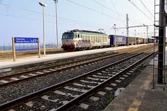 652 088 Taormina Giardini Naxos 19 Jun 19 (doughnut14) Tags: e652 e652088 taormina rail freight electric loco sicily cum giardini naxos