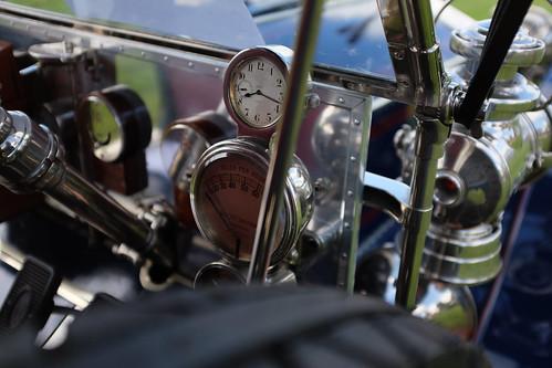 Rolls Royce controls detail
