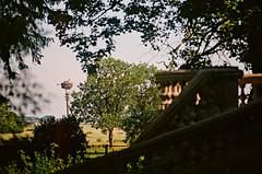 2019.06.23 Leica R5 + Vario Elmar 80-200mm fresh film 04-2020 Fujicolor C200 Lithuania Žeimių dvaras (27) (nefotografas) Tags: 20190623 leicar5 varioelmar80200mm freshfilm 042020 fujicolorc200 lithuania žeimiųdvaras