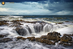 Thor's Well (Louis Curtis) Tags: northamerica unitedstates oregon yachats thorswell 2019 louiscurtisphotography beach rocks surf waves hole coast horizon whitecaps shoreline nikon fx nikon2470mmf28lens nikond850 nikonshooter nikonian nikonister digital dslr camera nature scenic landscape oceanscape sky cloud clouds cloudy daylight color water ocean saltwater