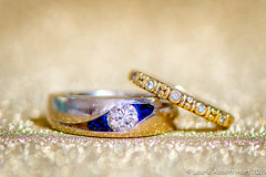 20190630 Love 29531-Edit (Laurie2123) Tags: laurieabbotthartphotography laurieturnerphotography laurietakespics nikkor105mm nikond800 odc odc2019 ourdailychallenge bokeh gold rings sparkle wedding