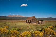 Little House on the Prairie (James Korringa) Tags: colorado house prairie sky blue grassland scenic lonely explore
