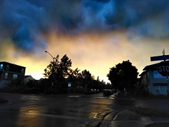 Before rain... (Solista*) Tags: rain colorado city kolorado burza storm town travel nature natura clouds chmury usa street southwest podróż journey trip light światło freedom ulica sunshine zachód sunset