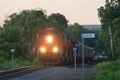 Close of day Canton (view2share) Tags: cn8871 sd70m2 l519 519 cn519 cnl519 barronsub canadiannational wisconsin wi summer evening westbound westernwisconsin emd electromotivedivision engine afternoon deansauvola sand sandmining fracsand june282019 june2019 june 2019 barroncounty railroading railroads railway rail rr rails railroaders rring railroad roadtrip track trains transportation tracks train transport trackage trees travel freight freighttrain freightcar freightcars