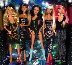👭💖Meninas lindas💎💖 (FranBoy Monteiro) Tags: doll dolls toy toys boneco bonecos boneca bonecas cute pretty beauty love amor fashion fashionista fashionistas moda outfit clothes look model models gay gayguy guy boy fun diversão cool handsome awesome barbie ken liv livdoll princessdoll princess glow brilho