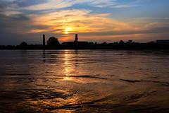 Sonnenuntergang (EmPi Fotografie) Tags: sonnenuntergang wasser sonne abendrot werbung ausflug freizeit empifotografie