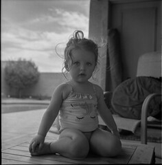 190035013-Edit (jeffreygoldammer) Tags: rolleiflex trix toddler xtol portrait poolside