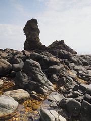 F6239539 F6239540 E-M5ii 14mm iso200 f11 1_320s -1 (Mel Stephens) Tags: uk rock landscape coast scotland rocks aberdeenshire olympus stack coastal ii pro tall gps omd 3x4 2019 m43 mft q2 muchalls 714mm mirrorless 201906 microfourthirds mzuiko em5ii 20190623 best