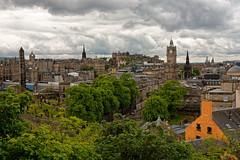 Edinburgh / View from Calton Hill (Pantchoa) Tags: édimbourg ecosse caltonhill paysage panorama nuages arbres forêt ville maison immeubles balmoralclock rockhouse robertadamson scottmonument chateau vuedelaville vued'édimbourg