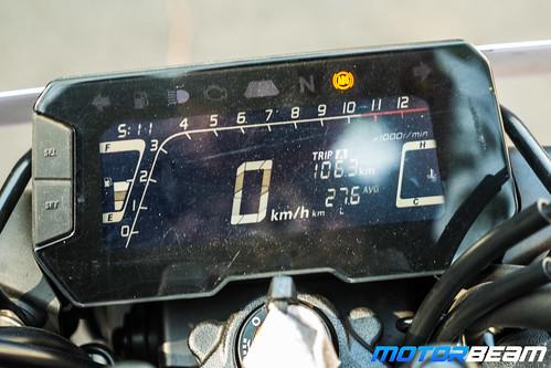Honda-CB300R-7