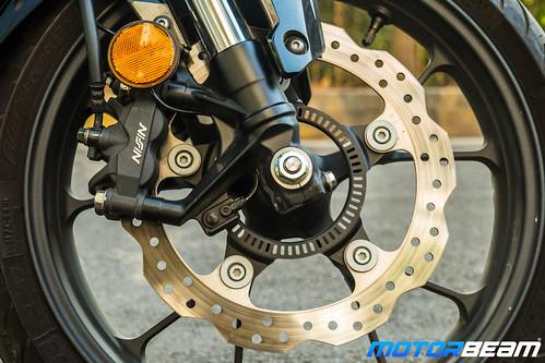 Honda-CB300R-16