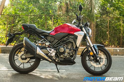 Honda-CB300R-13