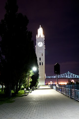 DSC00459 - Montreal Clock Tower (archer10 (Dennis)) Tags: montreal night sony a6300 ilce6300 18200mm 1650mm mirrorless free freepicture archer10 dennis jarvis dennisgjarvis dennisjarvis iamcanadian canada oldmontreal quebec lights montrealclocktower sailorsmonument lighthouse