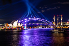 The Harbour during Vivid (Jared Beaney) Tags: canon6d canon australia australian travel photography photographer night sydney newsouthwales vividsydney 2019 sydneyoperahouse sydneyharbour bridge operahouse harbour sydneyharbourbridge mrsmacquarieschair view views boat