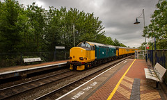 Colas Railfreight Class 37/6 no 37610 at Sutton Parkway on 01/07/2019 on the rear of the RTC to Neville Hill Test Train (kevaruka) Tags: 37057 37610 class37 suttoninashfield nottinghamshire britishrail networkrail testtrain robinhood robinhoodline colas colasrailfreight england englishelectric colour colours color colors green blue yellow clouds cloudy cloud cloudyday july 2019 summer 01072019 railway trains train canon canoneos5dmk3 canon5dmk3 canonef1635f28mk2 5d3 5diii 5d 5dmk3 flickr frontpage telephoto telephototrains wideangle uwa ultrawideangle boobs milf sexy wife
