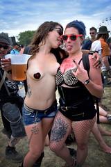 Hellfest 2019 (à l'oeil de verre photographie) Tags: clisson 44 loire atlantique metal hard rock festival boobs hellfest à loeil de verre photographie nantes concert look eau cheveux tattoo tatouage crane skull