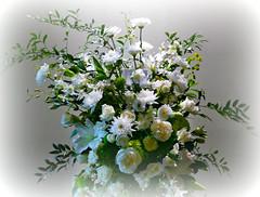 Bouquet of Flowers (Colorado Sands) Tags: flowers bouquet celebrationoflife denver colorado usa denverbroncos memorial tribute geneandjerryjones patbowlen sandraleidholdt dallascowboys rip