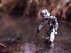 Monday be like (JoeCow) Tags: sooc mess swamp stormtrooper starwars mondaybelike monday