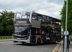 757 YX64VRT (PD3.) Tags: reading berkshire berks bus buses england uk transport fun day adl enviro 400 mmc 757 yx64vrt yx64 vrt