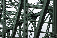 DOG_2882 (dogwelder) Tags: bridge green i5 steel portland oregon unitedstatesofamerica