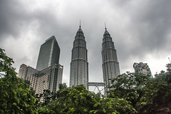 Kuala Lumpur (Out Of The Map) Tags: asia streetphotography malaysia southeastasia architecture kualalumpur urban city texture pattern lines skyscraper sky petronas petronastowers solotravel travelsolo explore travel happy planet favorites kl voyage explora longexposure night street urbain urbano skyscrapper scrapper arquitectura people photoadd