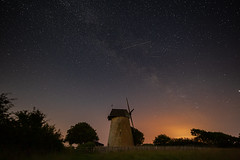 Over the windmill (Robbie Khan) Tags: 1530mm isleofwight tamron1530mm astro astrophotography canon5dmk3 canon5d3 darkskies iow khanphoto kirsty longexposure milkyway night photography robbiekkhan robbiekhan skies stars tamron uk wes