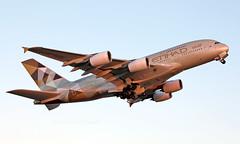 A6-APJ - Airbus A380-861 - LHR (Seán Noel O'Connell) Tags: etihadairways etihad a6apj airbus a380861 a380 a388 heathrowairport heathrow lhr egll auh omaa ey18 etd69k aviation avgeek aviationphotography planespotting
