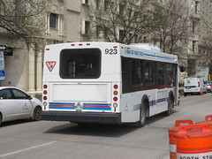Winnipeg Transit 923 (TheTransitCamera) Tags: wt923 winnipegtransit publictransit publictransport transit transportation transport travel citybus newflyerindustries nfi d30lf downtownspirit downtown cbd winnipeg mb manitoba canada