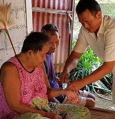 Church visits in Klum Pattana 2019-6-12 12 (SierraSunrise) Tags: thailand phonphisai nongkhai isaan esarn ministry homevisits church christian banklumpattana kutbong stringcutting sacredstring