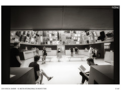 2018 Venezia, Giardini - 16. Mostra Internazionale di Architettura (Angelo A.Filippin) Tags: 2018 giardini 16mostrainternazionalearchitettura 16°biennalearchitettura biennale2018 venice veneto esposizione exhibition angeloaldofilippinphoto art blackwhite monotone monochrome light people italianphotographers popular bw performer