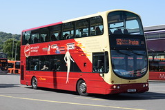 TBBC 100 @ Burnley bus station (ianjpoole) Tags: the blackburn bus company volvo b9tl wright eclipse gemini r100tdv 100 working route hotline 152 burnley station preston fishergate