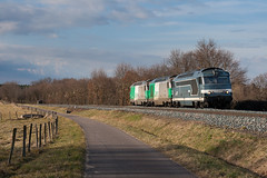 Train de machines pour Sibelin (videostrains) Tags: bb67400 bb67551 bb67460 train sncf machines fret arzens railway bahn