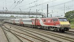 LNER 91 91122 (martin 65) Tags: lner eastcoast mainline hst hsts 91s azuma rail railways railway trains train transport travel public doncaster southyorkshire