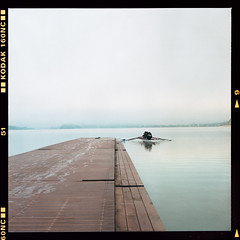 Lake Kawaguchiko. Early morning (instagram.com/dimush) Tags: portra160nc rolleiflex 120mm kodak portrait analog 120мм 120film среднийформат epsonv700 rolleiflex28e 120 portra grainisgood girl tlr 6x6 пленка film mediumformat
