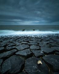 Dark Skies! (karindebruin) Tags: lop nederland thenetherlands zeeland westkapelle golfbrekers breakwater le long exposure hightide hoogwater daytime overdag 06hardgrad