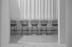 (tina djebel) Tags: nikon nikkor d7000 danzig gdansk polen poland stühle chairs schwarzweis blackandwhite dslr