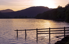 Precious moments (Wildlife & Nature Photography) Tags: lakedistrict lakedistrictnationalpark nationalpark sunset landscape landscapephotography lake buttermere buttermerelake cumbria mountains nature light canon600d outdoors summer fence england thelakedistrict unitedkingdom unesco worldheritagesite