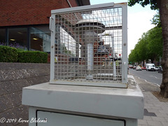Challenge Friday, week 26, theme air (2) - Air Quality Monitoring Station, Caversham Road (karenblakeman) Tags: reading uk challengefriday cf19 air airqualityengland pollution monitoringstation july 2019 berkshire