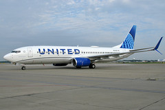 N37267 UNITED 737-824SW at KCLE (GeorgeM757) Tags: n37267 united 737824sw unitednewcolors boeing kcle clevelandhopkins georgem757 canon 737 aircraft aviation airplane airport