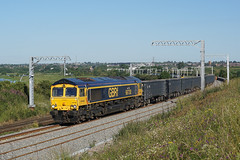 66738 02-07-19 (IanL2) Tags: gbrf class66 66738 huddersfieldtown wellingborough northamptonshire mml railways trains 6v42