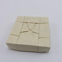 Box with Cross Pattee III (Michał Kosmulski) Tags: origami paperfolding papiroflexia paperart box tessellation crosspattee crosspatty crossformee crossformy heraldry michałkosmulski elephanthidepaper