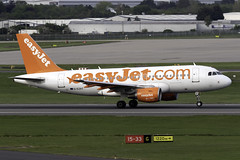 easyJet A319 G-EZAT at Birmingham Airport BHX/EGBB (dan89876) Tags: easyjet uk airbus a319 a319111 gezat birmingham international airport takeoff 15 bhx egbb