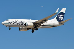 Alaska Airlines - Boeing 737-700 - N623AS - McCarran International Airport (LAS) - Las Vegas - September 24, 2013 200 RT CRP (TVL1970) Tags: nikon nikond90 d90 nikongp1 gp1 geotagged nikkor70300mmvr 70300mmvr aviation airplane aircraft airliners mccarraninternationalairport mccarranairport mccarran mccarraninternational lasvegas las klas n623as alaskaairlines alaskaairgroup n557wn southwestairlines southwest swa boeing boeing737 boeing737700 737 737ng b737 b737ng 737700 737700wl boeing737790 737790 737790wl aviationpartners winglets cfminternational cfmi cfm56 cfm567b24