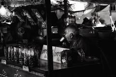 (a└3 X) Tags: street alexfenzl black withe blackwithe streetphoto people person blackandwithe monochrome streetphotography bw 3x city citylife urban menschen a└3x availablelight wow mono leute menschenbilder schwarzweis