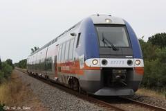 B82775/76 sur le TER 864477 Niort - Saintes (Le Rail de L'ouest) Tags: garedesaintes garedeniort rail france train livréepoitoucharentes b82500 bibi bgc agc ter